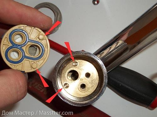 Ремонт однорычажного (флажкового) смесителя (12)